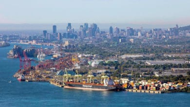 Photo of Canadian government won't play peacemaker to end port strike