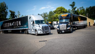 Photo of Truck platooning company's synced-up convoys make first commercial deliveries