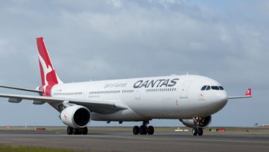 Photo of Qantas shuts Melbourne airport facility as government tightens COVID lockdown