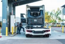 Photo of Nikola will truck hydrogen to stations when electricity costs too much (Update)