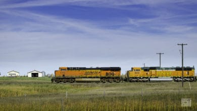 Photo of BNSF, Union Pacific help prevent spread of wildfires