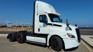 Photo of Knight-Swift to test Freightliner eCascadia