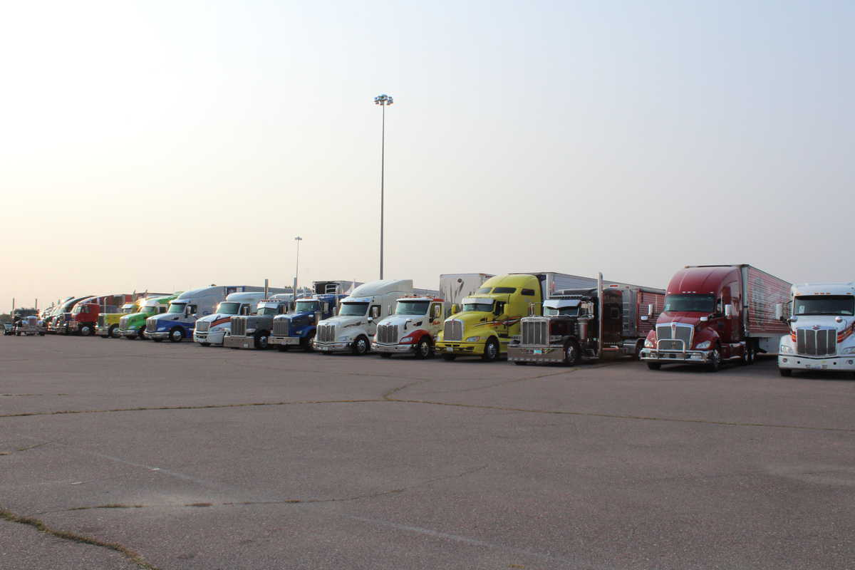 Trucks ready to roll as part of South Dakota truck convoy