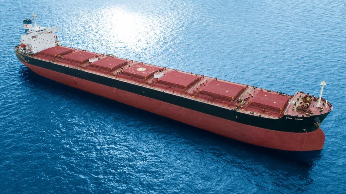 bulk ship with scrubbers