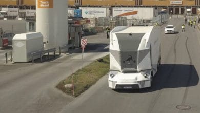 Photo of Einride's driverless, cabless electric trucks hit the mass market