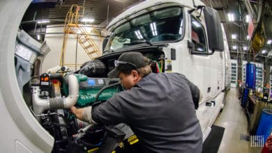 Photo of The Daily Dash: Independent truck repair and zero-emission trailers