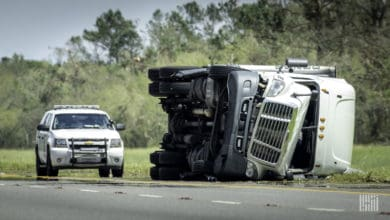 Photo of Feds reveal large-truck crash trends unchanged in 2019