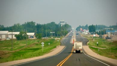 Photo of 2 Canadian trucking companies forced into receivership