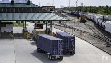 Photo of Loadsmart picks up rail, less than truckload