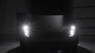 Photo of Elon Musk: Tesla Semi may hit 621 miles of range