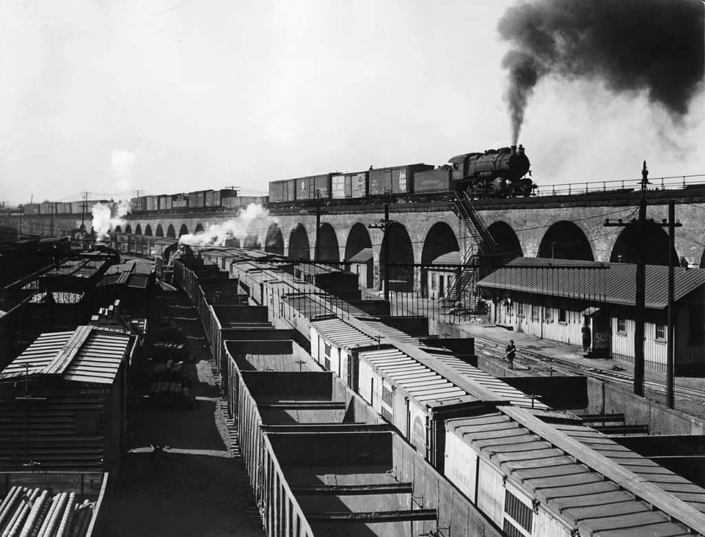 This image has an empty alt attribute; its file name is Pennsylvania-RR-from-Railway-Age.jpg