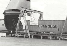 Photo of FreightWaves Flashback: C-5 cargo plane proves mini-bridge by air is possible