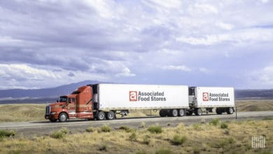 Serving eight states in the Mountain West, this AFS tractor pulls twin-trailers of grocery store products. (Photo: Jim Allen/FreightWaves)