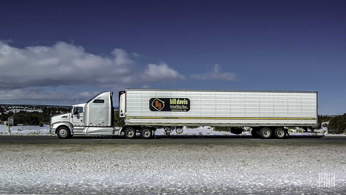 One of the rigs in the Bill Davis Trucking, Inc. fleet is on the move. (Photo: Jim Allen/FreightWaves)