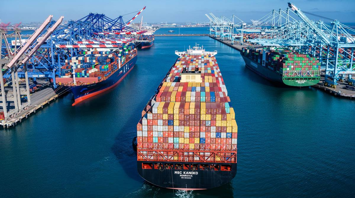 container shipping Port of Los Angeles