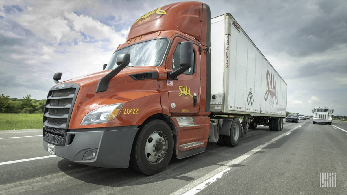 Saia continues to see monthly tonnage increase
