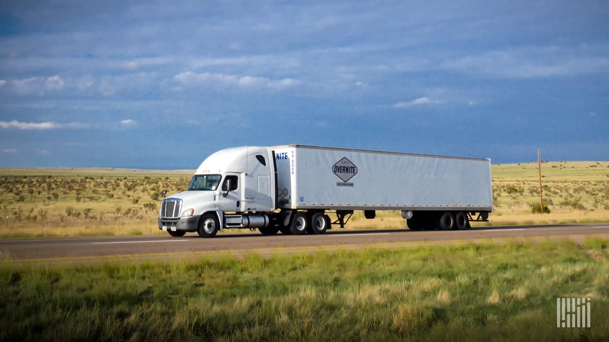 An Overnite tractor-trailer on the move. (Photo: Jim Allen/FreightWaves)