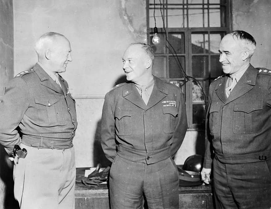 (L to R): generals George S. Patton, Jr., Dwight D. Eisenhower and Omar N. Bradley (Photo: wikipedia.commons.org)