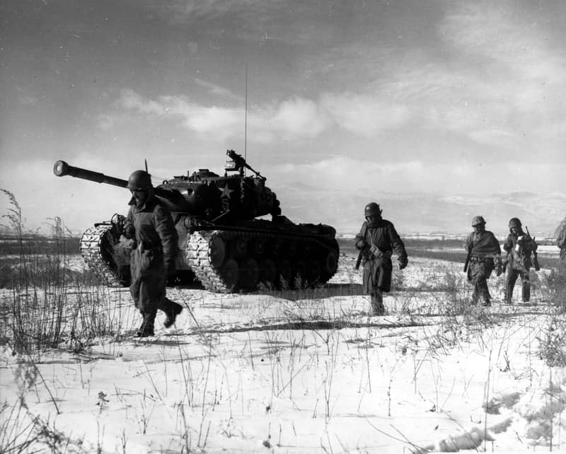 Members of the U.S. First Marine Division at the Battle of Chosin Reservoir (Photo: goodfreephotos.com)