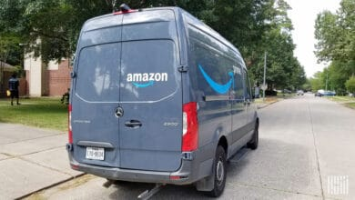 Amazon will not monitor drivers for mask wearing