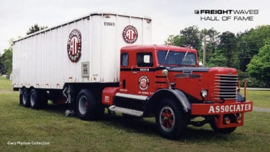 An Associated Transport tractor-trailer combo. (Photo: Gary Morton Collection)