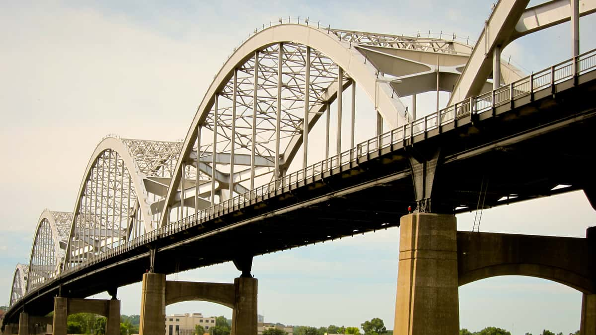 Centennial Bridge spanning the Mississippi River between Iowa and Illinois.