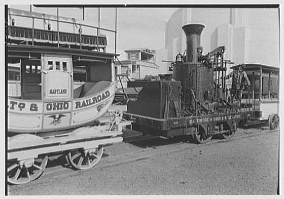 An early B&O Railroad locomotive and coach railcar. (Photo: Maryland State Archives)