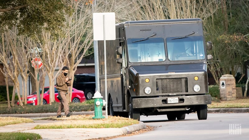 UPS mulling possibility of same-day delivery service with contracted drivers — CEO