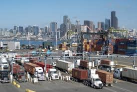 Trucks lined up at the Port of Seattle.  (Photo: Northwest Seaport Alliance)