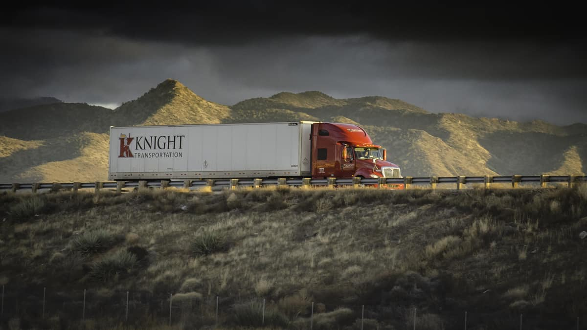 Trucking market to remain tight throughout 2021, according to management