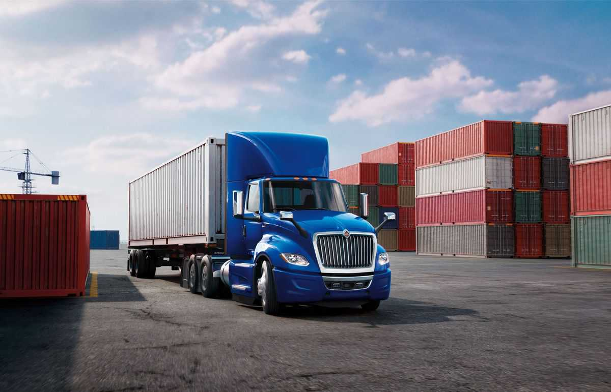 Navistar conducts second recall and expands campaign for connector rod defect