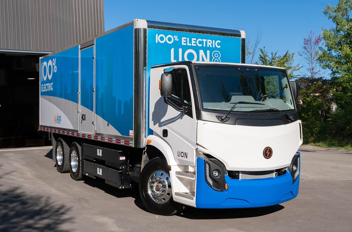 Newly public Lion Electric will build electric trucks in Illinois