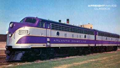 An Electro-Motive company photo features a gorgeous A-B set of new Atlantic Coast Line locomotives circa 1951. (Photo: american-rails.com)