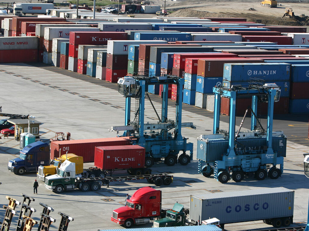Intermodal containers being loaded on trucks. (Photo: Virginia Port Authority)