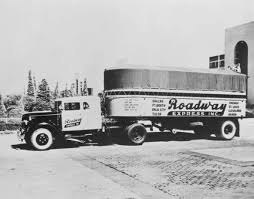 An early Roadway Express tractor-trailer. (Photo: Akron Library)