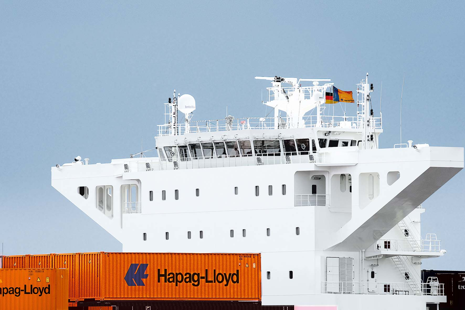 Hapag-Lloyd raises box order to 'counteract the container shortage'