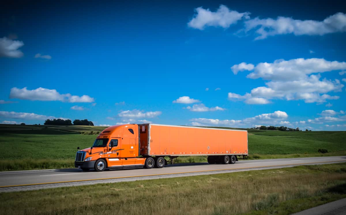 Schneider targets 60% drop in CO2 emissions per mile by 2035