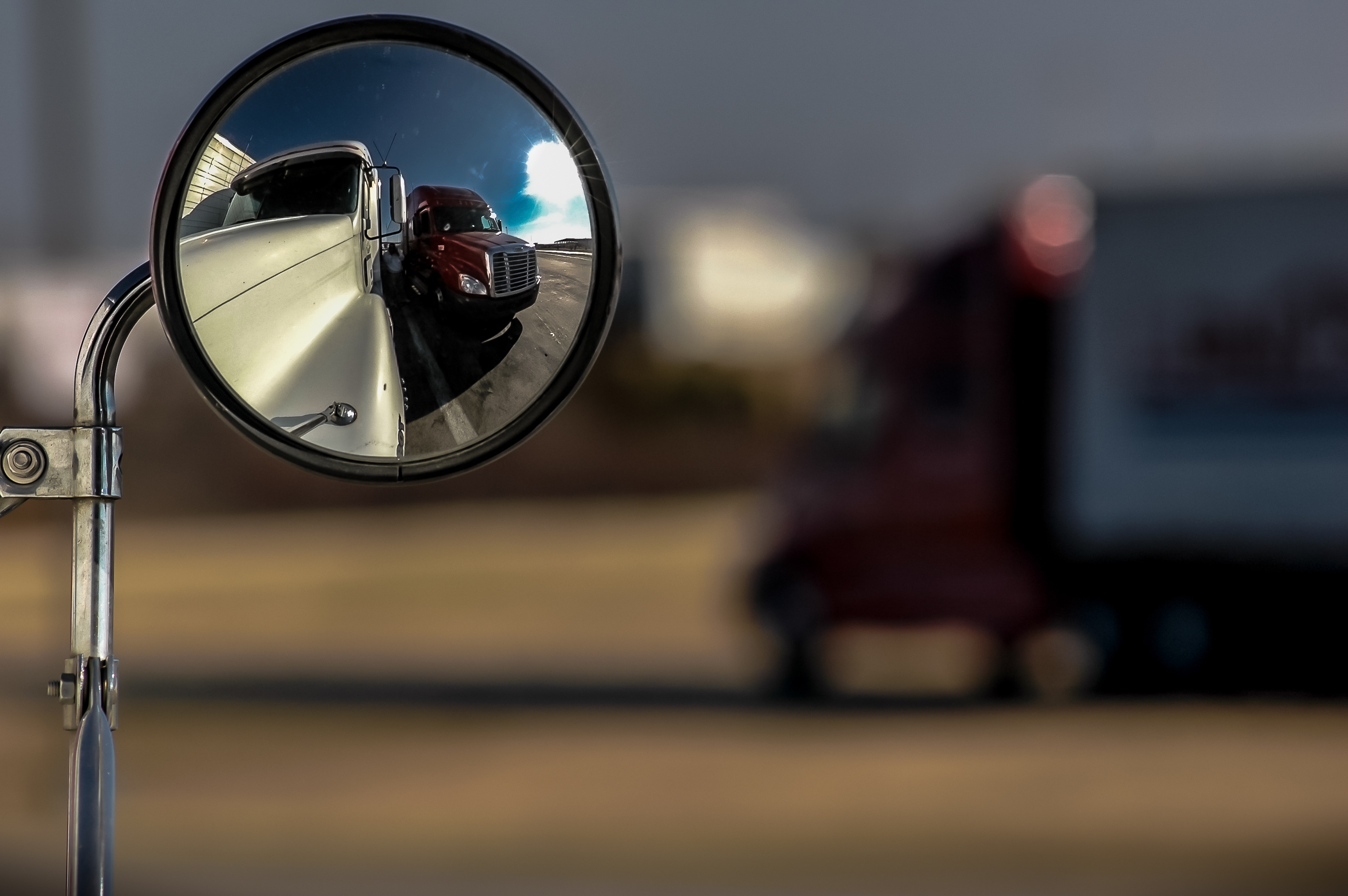 DOT investigating safety of camera-based rearview mirrors