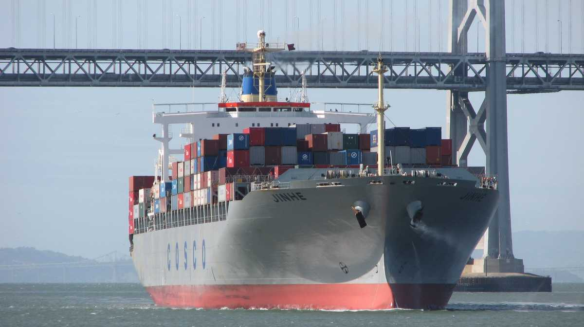 EXPOLANKA HOLDINGS PLC (EXPO.N0000) - Page 39 Containership-oakland-flickr-darren-marshall