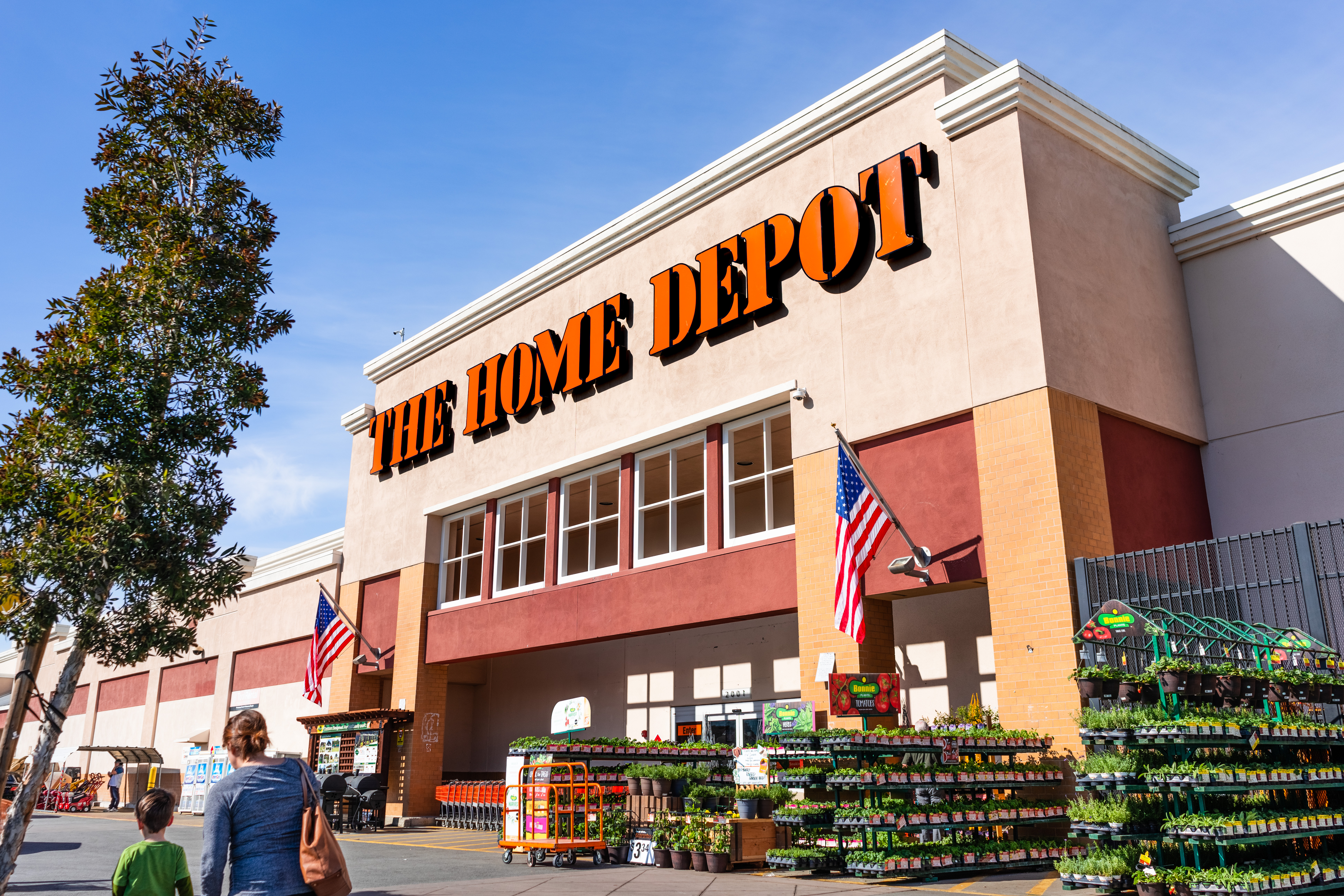Home Depot's 'One Supply Chain' is taking shape with massive 2021 growth