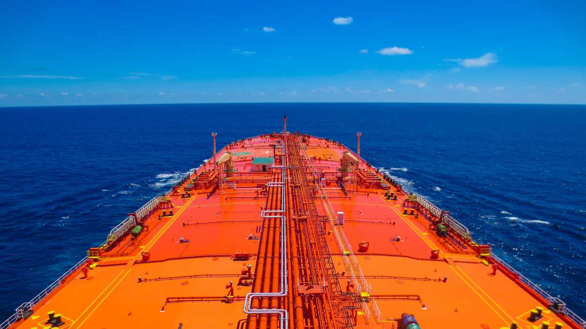 US greenlights fuel transport by foreign ships