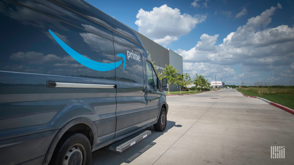2 Oregon delivery providers drop Amazon; e-tailer says they demanded $36M
