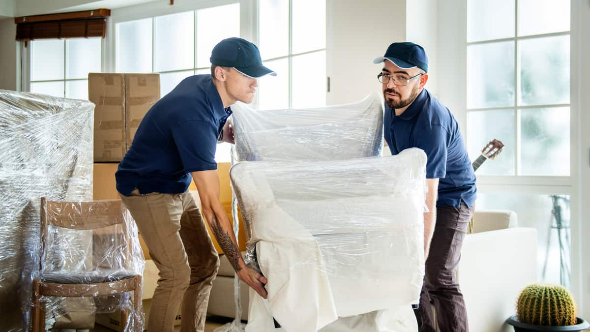 Same-day versus next-day delivery: Which is more sustainable?
