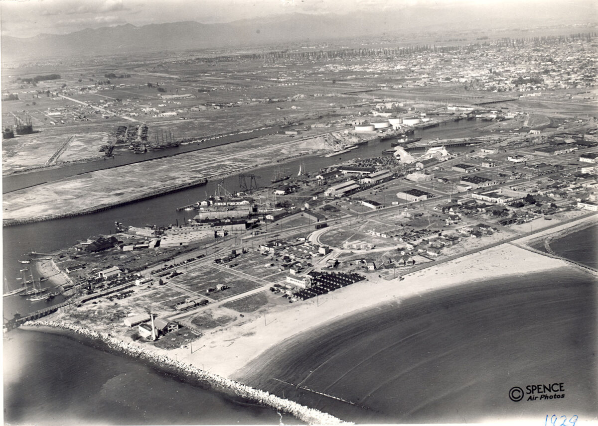 An aerial view of the Port in 1926 (although it is labeled 1929). (Photo: Port of Long Beach)