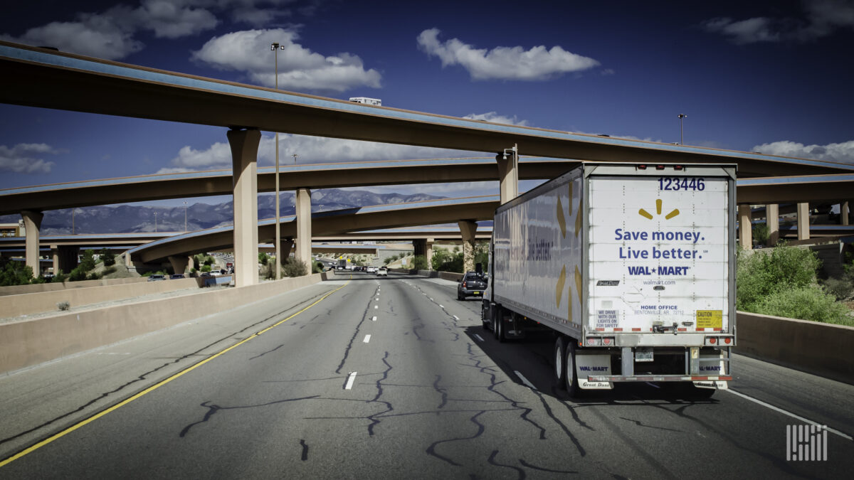 Feds award $275 million to ease truck congestion