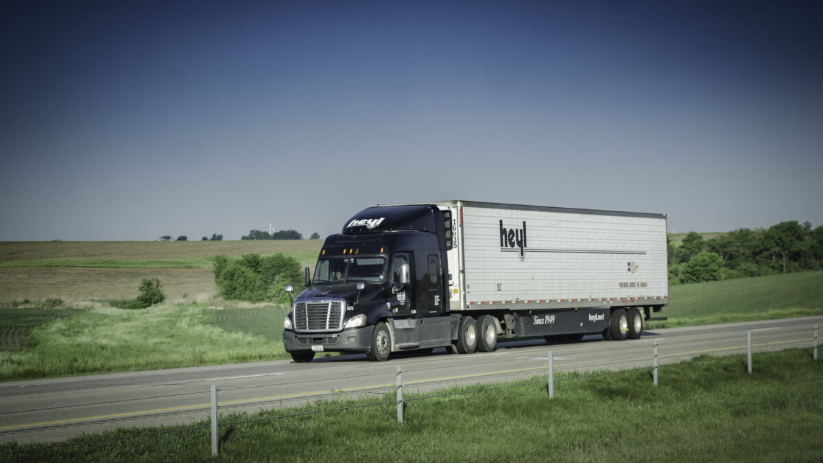 Heyl Truck Lines buys regional carrier Holiday Express