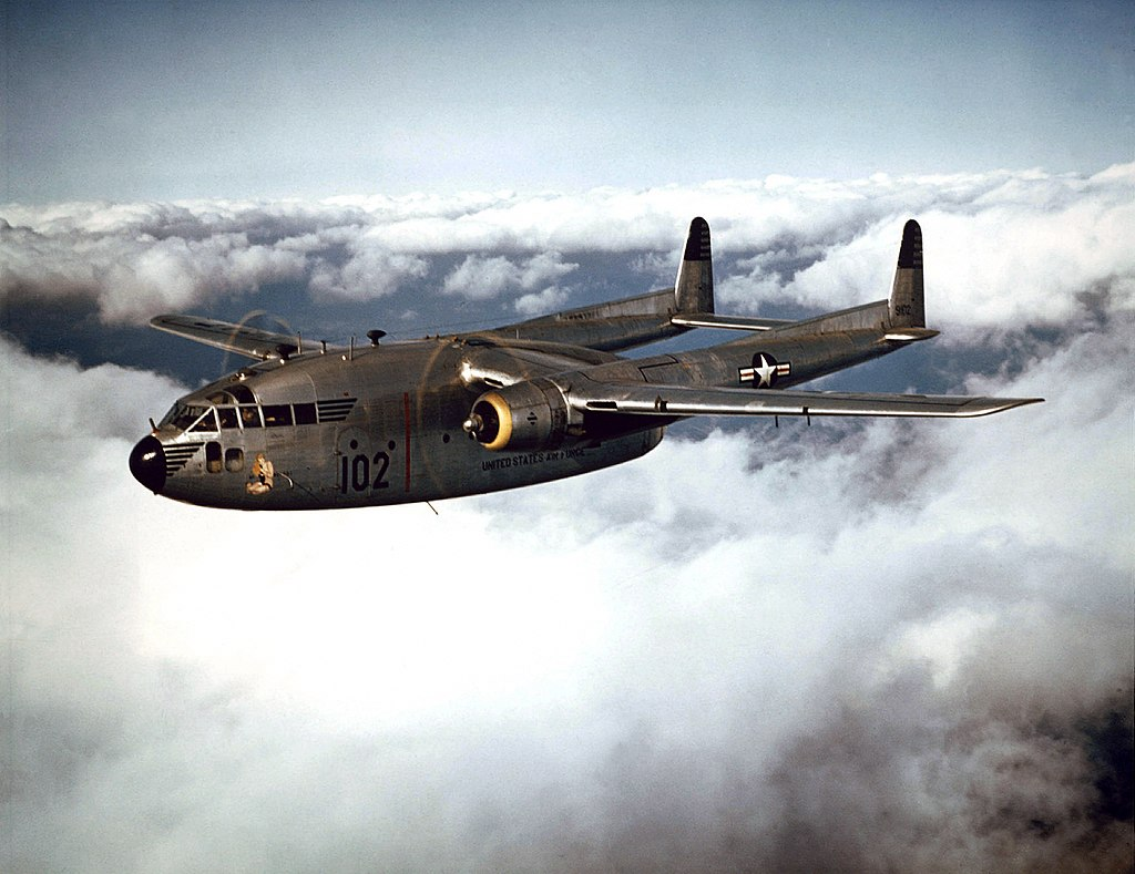 """A C-119 """"Flying Boxcar"""" brings supplies to U.S. troops in South Korea. (Photo: U.S. Air Force)"""