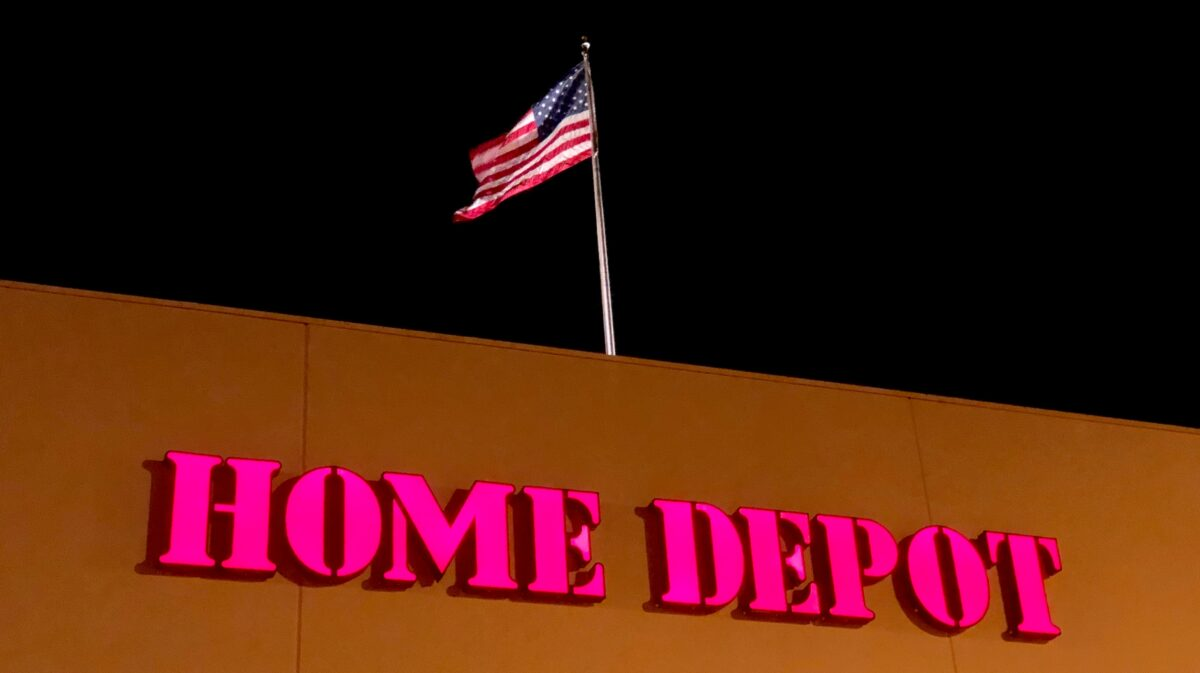 Home Depot now has its own ship. That's an ominous sign
