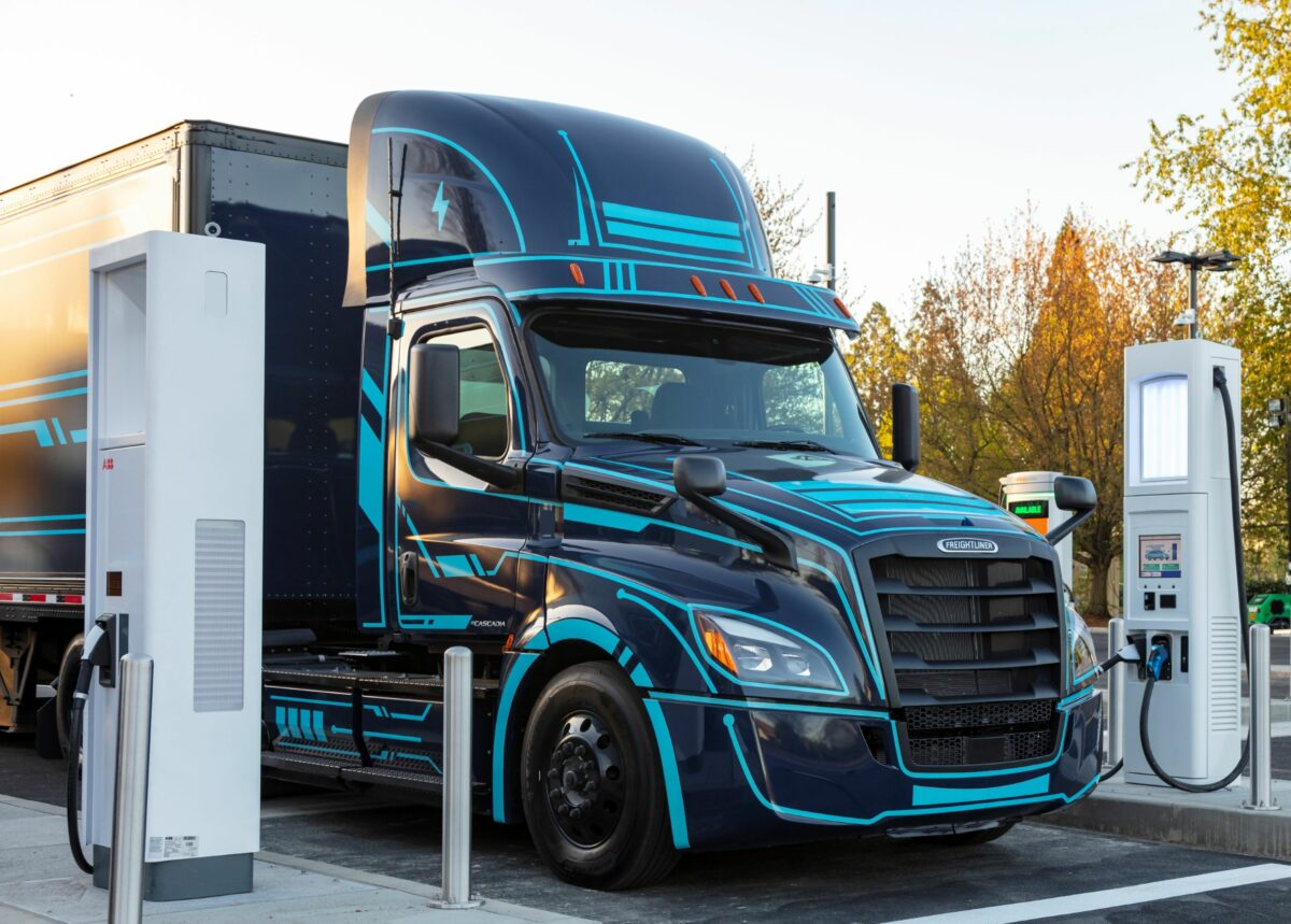 Semiconductor shortages not over yet, Daimler warns in Q2 earnings report