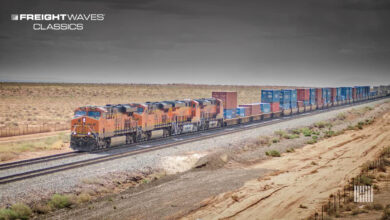 A Union Pacific train moves freight. (Photo: Jim Allen/FreightWaves)